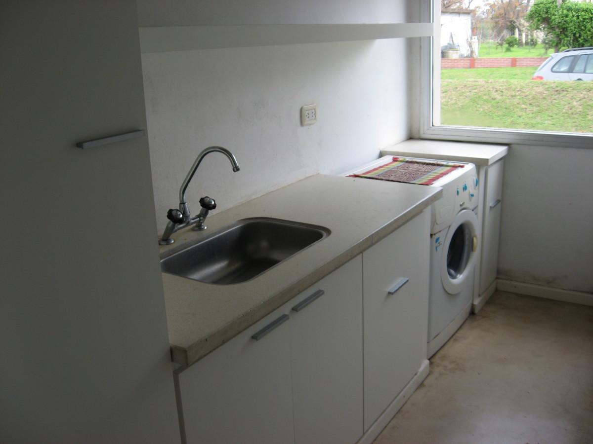 Mdg muebles amoblamientos de cocinas for Lavaderos de cocina