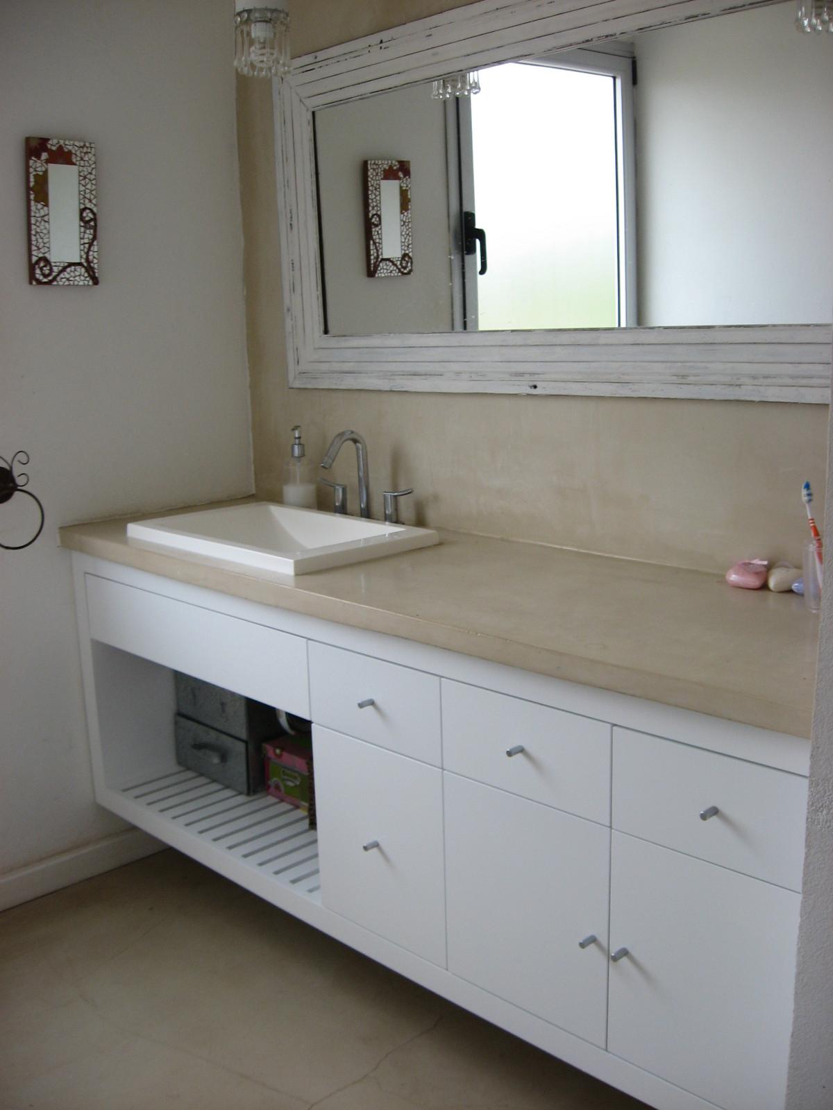 Mdg muebles vanitory for Modelos de comedores de vidrio